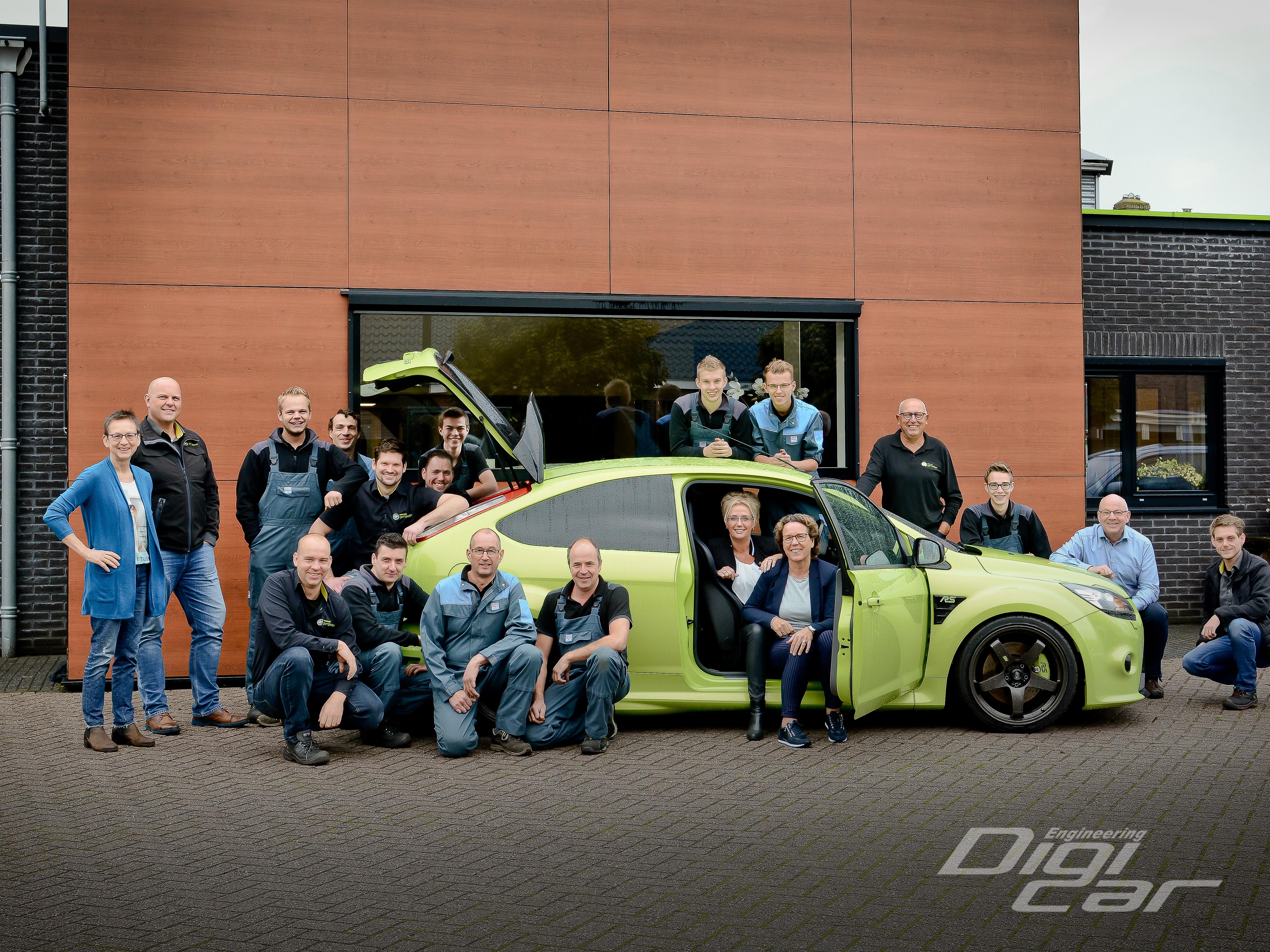 Autobedrijf-Gert-Pater-Teamfoto.jpg